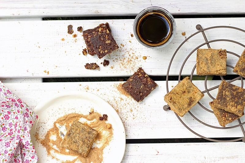 jaggery crumbed cacao squares